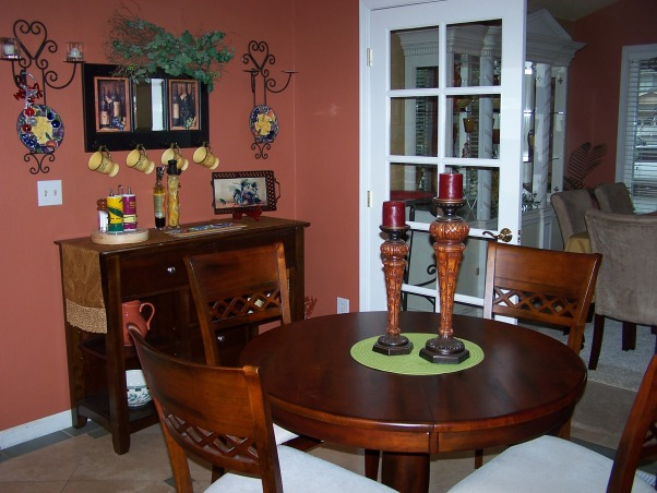 Information about rate my space hgtv for Small kitchen eating area ideas