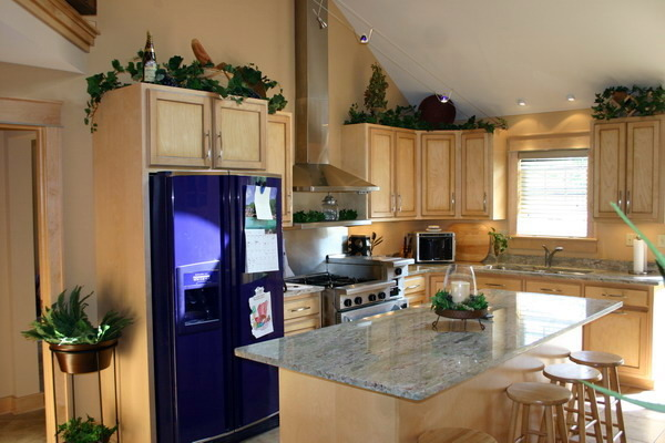cobalt blue, party kitchen custom design maple and granite , My party