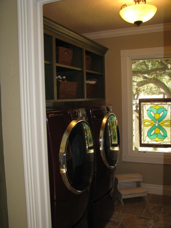 Laundry Room, If you have to do laundry it might as well be a fun room!, Laundry Room, Other Spaces Design
