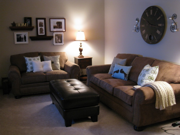 cozy, small living room, Trying to decorate with old and new pieces to make our living room, cozy for kids, but comfortable to relax, Living Rooms Design