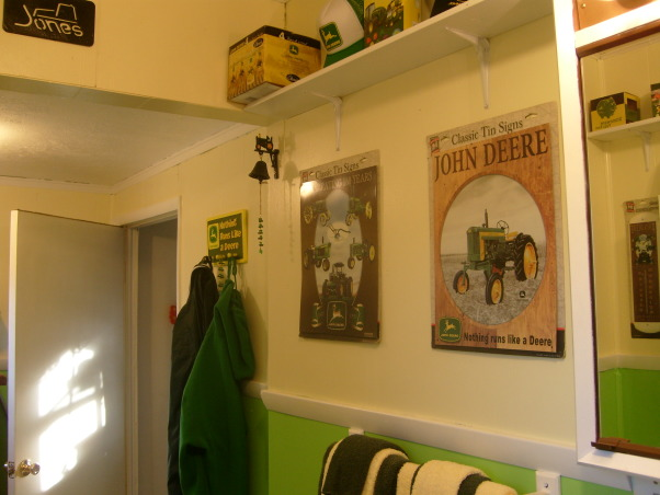 John deere bathroom decor