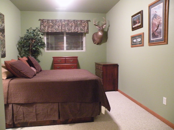 hunting theme boys bedroom my 15yr old 39 s favorite thing is hunting so