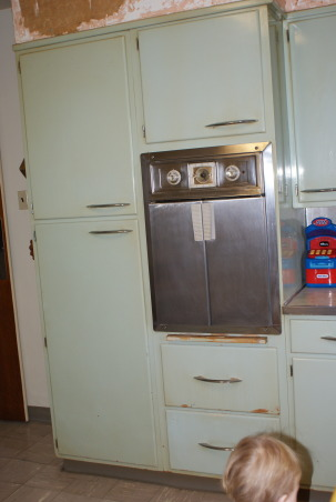 1955 Kitchen, Original 1955 kitchen- We need help to keep the retro style, but update the functionality., 1955 french oven. , Kitchens Design