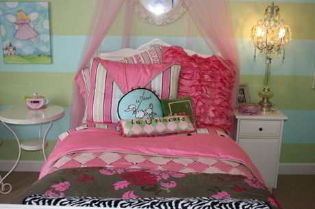 "Flea Market chair fits just right, Added this flea market chair . Looks as though it was made for this room. The color was perfect., I mixed a bedding collection with a $5.00 bed cover in green and pink to keep it from looking like a ""Bed In a Bag"" , Girls' Rooms Design"