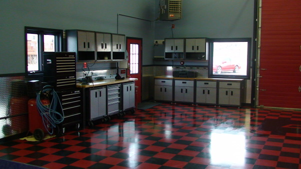 Decorating Ideas > Information About Rate My Space  Questions For HGTVcom  ~ 065649_Hot Rod Garage Decorating Ideas