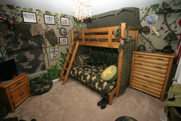 Camo Boys Bedroom by DSNY HOMES, Hi Everyone, This themed bedroom is in one of our family vacation rental homes near Disney in Orlando. You can view more photos at http://www.dsnyhomes.com, DSNY HOMES to Our Solders  , Boys' Rooms Design
