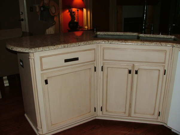 Our New Cream Glazed Kitchen!!!, Glazed cabinets cream cabinets oil rubbed bronze granite, We used a dark chocolate granite sink that is huge and deep  , Kitchens Design