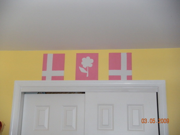 shared toddler & baby room, Bedroom shared by my 3 year old and 10 mo old, mommy made these, Nurseries Design