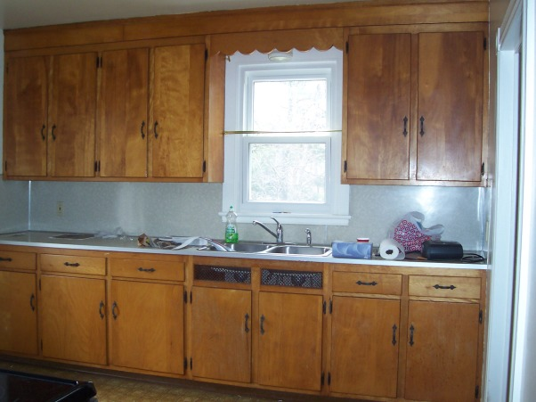 updated 1950 39 s kitchen this large galley 1950 39 s pine kitchen gets a