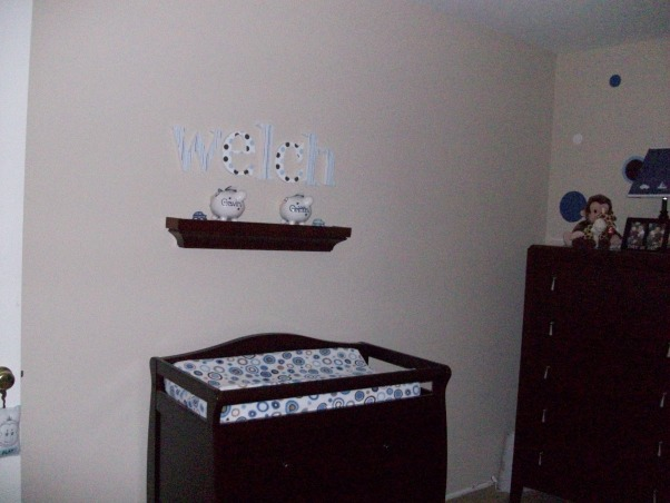 Twin Boys Room, Twin boy room with painted dots on wall. Striped and dot patterns in blue and brown., Boys' Rooms Design