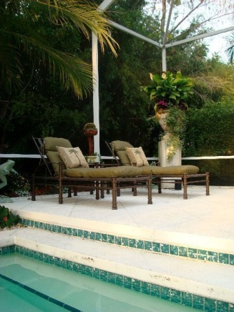 Old World Pool in the Tropics, Cherubs spitting water into a large spa, Old Urns and lots of tropical landscsaping brings this pool into a relaxing resort....... , Chaise Chairs privately tucked away in the tropical seeting off the pool. , Pools Design