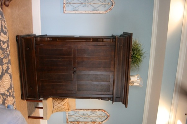 Great Master BR, Armoire opposite the bed , Bedrooms Design