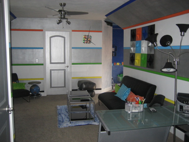 Modern Teen Gameroom and Computer area, A game room designed for teen-aged boys and a computer area where activities can be easily viewed and supervised., The metallic paint and high gloss white brings more light into the room. , Media Rooms Design