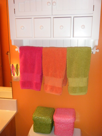 "Tropical Kids, My 3 kids (2 boys & 1 girl) share a hall bath so I wanted to decorate it ""gender neutral""...bright colors with Hawaii/surf accents were the solution., Bathrooms Design"