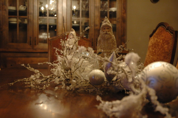 Holiday Cheer all around!!!, Here is out home during the holidays. You can see more pics of our home we love in my other galleries. Happy Holidays to all!!!! Come visit my blog @ http://verandainteriors.blogspot.com/, Dining Room table. , Holidays Design