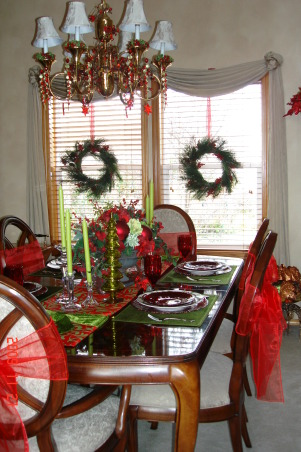 Christmas Home Tour, winter wonderland in master bath, This is our diningroom in reds and lime. , Holidays Design