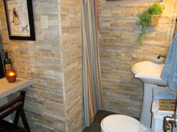 Stacked stone bathroom