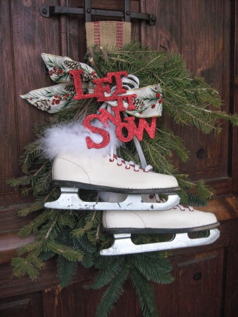 NorthWest Home For The Holidays, Welcome to our new home for it's very first Christmas.  Please make yourself at home., I made this wreath with some vintage children's ice skates, some greenery and some ribbon.       , Holidays Design