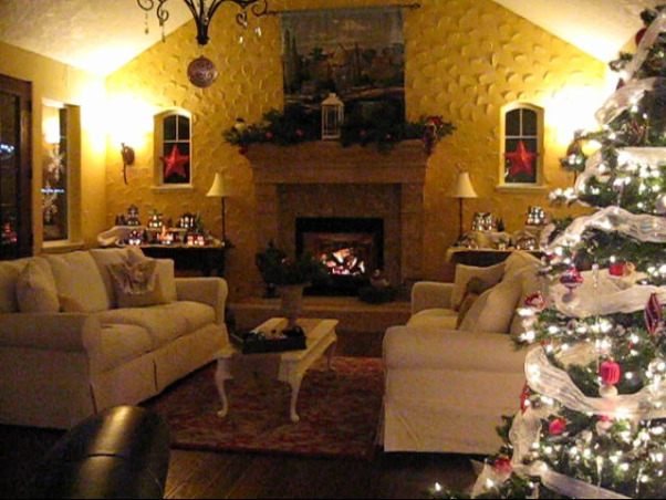 NorthWest Home For The Holidays, Welcome to our new home for it's very first Christmas.  Please make yourself at home., Holidays Design