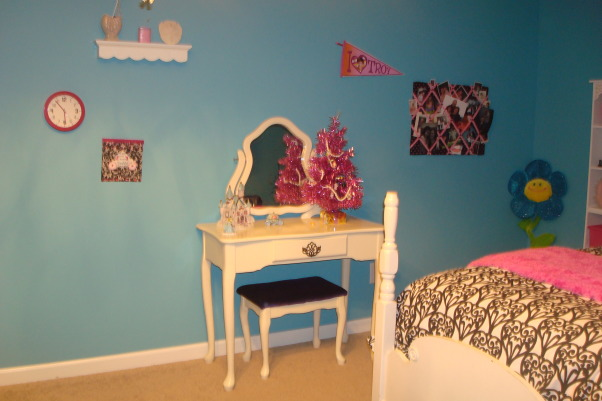 8 year old fun space, My 8 year old daughter wanted a fun bedroom that she felt grown up in.  She is very happy with the way it turned out., Vanity was mine as a child, we sanded it and painted it white.  Stool soon to be covered hot pink., Girls' Rooms Design