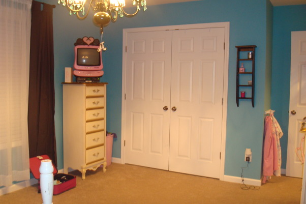 8 year old fun space, My 8 year old daughter wanted a fun bedroom that she felt grown up in.  She is very happy with the way it turned out., Another view of the bedroom, this is the closet., Girls' Rooms Design