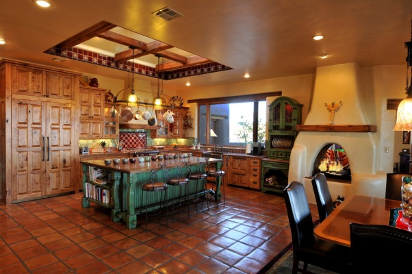 Talamini kitchen, rustic kitchen on a home we recently completed, New Mexico style kitchen     , Kitchens Design
