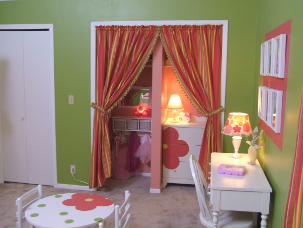 GO GO GIRLIE, Clients 4 yr old girls bedroom - 500.00 budget!  Hope you can see better with these photos!, Drama!  Closet is now a focal point of the room!  go to http://kellikaufer.posterous.com/ for projects!, Girls' Rooms Design