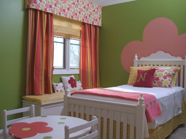 GO GO GIRLIE, Clients 4 yr old girls bedroom - 500.00 budget!  Hope you can see better with these photos!, 500.00 budget! lots of paint and repurposed items got to http://kellikaufer.posterous.com/ and I have a few highlighted projects!, Girls' Rooms Design