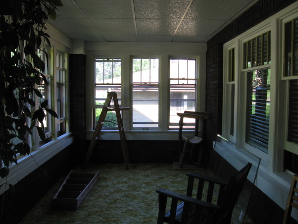 bungalow porch undo, front porch, painting    , Porches Design