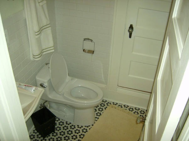 Renovation of 1930's Bathroom, 1930's Bathroom...out of date....upstairs bath..., A seprate room for the toilet!        , Bathrooms Design