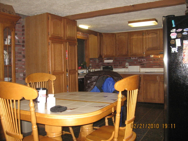 barnboard kitchen, this is my outdated barnboard kitchen, my outdated kitchen, Kitchens Design