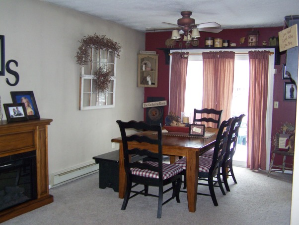 Country bi level, This is our home, we live in a bi level. so it is alittle hard to arrange furniture. I love primitive decorating. Just wanted to share pics and get some advice or ideas?? Thanks all!!!!, dining table, I love my table was a gift from my mother n law..last year    , Living Rooms Design