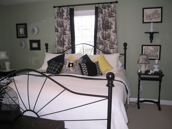 Toile to you too, Master Bedroom, Bedrooms Design