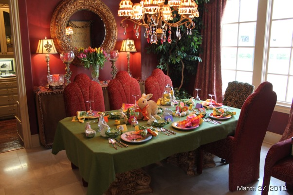 Easter Brunch Decor, Table settings for Easter Brunch, Overview of the dining table, Holidays Design