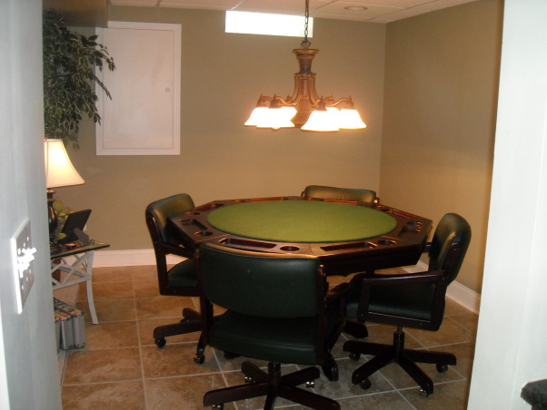 My Woman Cave, 2200 sq. ft. of fun! A true getaway complete with closet, bar, card room, bathroom, living area, game room, exercise room and storage area for years of enjoyment., Card room , Basements Design