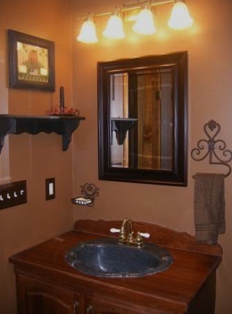 Small upstairs bathroom primitive country colonial this is my small