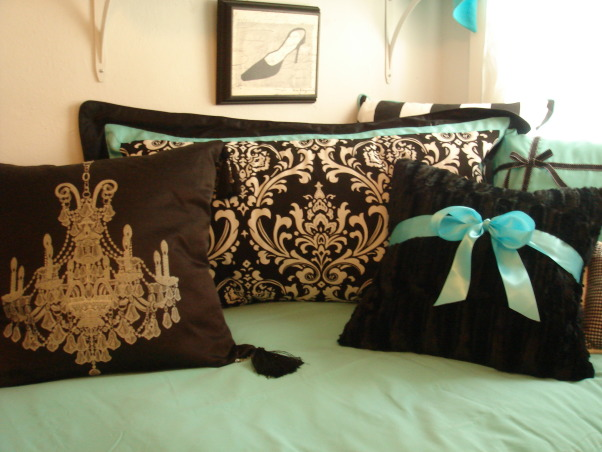 Sorority house style with Tiffany Dorm Bedding Flair, Amanda and Julianne ADPi sorority sisiters and BFF's studied abroad in Europe and brought Tiffany look linked with Pairs flair to the house!, comfy custom pillows.  Headboard style pillow for comfort!   , Dorm Rooms Design