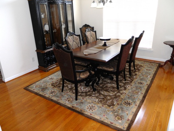 12 x 12 , very traditional dining room in open space, high ceiling    what to do for drapery and wall color.   could be a wow room don't know where to go, Dining Rooms Design