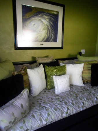 bedroom/office, this is our spare bedroom/office...TOO GREEN????, bed  , Bedrooms Design