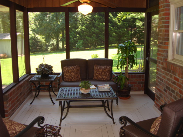 screened porch this is the 9 39 x12 39 screened porch located on the back