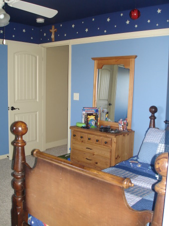 Drew's Solar System Room, Boys' Rooms Design