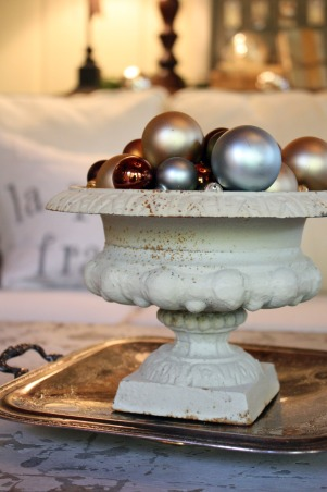 Christmas from my sweet Savannah 2010, simple was the theme this year! , It sits on a vintage silver tray on the coffee table.  , Holidays Design