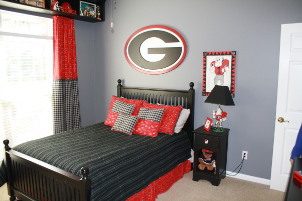 information about rate my space questions for ForGeorgia Bulldog Bedroom Ideas