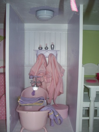 American Girl Dollhouse, My hubby and I had fun designing and making this dollhouse., The Bathroom. The tub is from Target (Our Generation). , Girls' Rooms Design