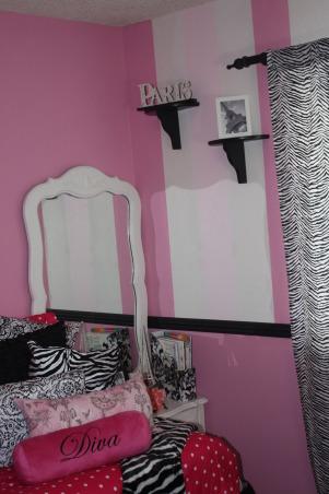 Tween girl Paris theme room!, Paris style with a little fun!, Girls' Rooms Design