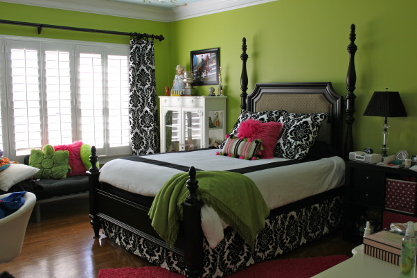 Teen girls room, 16 year old girl makeover.  Apple green walls, black, white and hot pink accents.  Still need to turn the headboard around...., teen girl remodel..still need to turn the headboard around...don't be afraid to try bold colors!, Bedrooms Design
