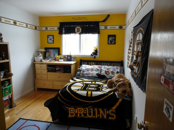 Information about rate my space questions for Bruins room decor