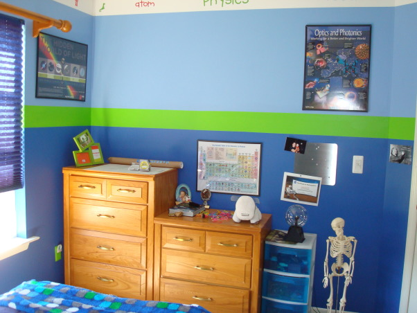 Science theme, My younger son loves science so we tried to make a room that he could grow with. we combined different sciences with posters and real objects. , a skeleton in the corner, the periodic table too. , Boys' Rooms Design