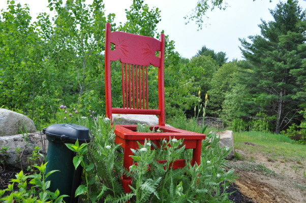 HAVE A SEAT, I fined them at yard sales for under $3.00 and two cans of paint each, I clean them, I paint them, I plant them, I give them as gifts, I give them for donation, I give them with love., I put this in to cover the water tank cover, Gardens Design