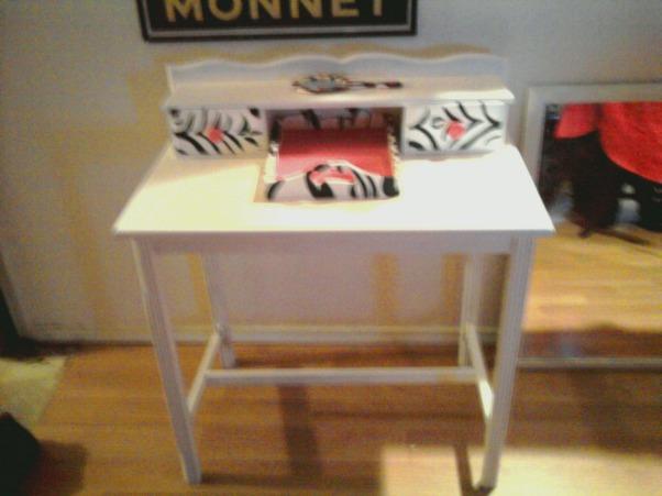 Thrift Store Vanity Refurbish, Vanity...$15 Mirror $8 Paint $10 Total =$33, Completed vanity , Girls' Rooms Design